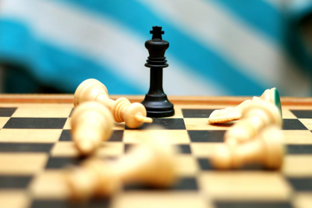 Køb dit skakbræt på nettet og få kvalitet til den halve pris